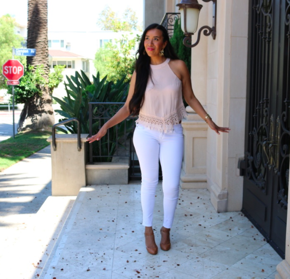 The Pixiwoo Sisters - Blush Pink Look White Jeans Outfit