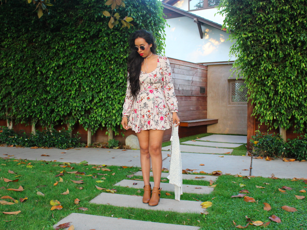 another-mini-dress-with-a-floral-print-3